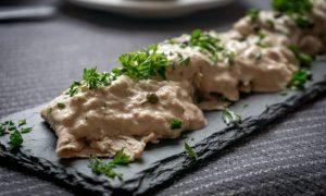 Vitel toné con ensalada rusa - Vitel Thone