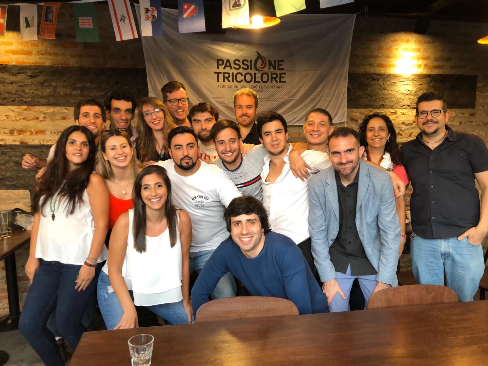 Passione Tricolore - Passione Tricolore Grupo De Jovenes