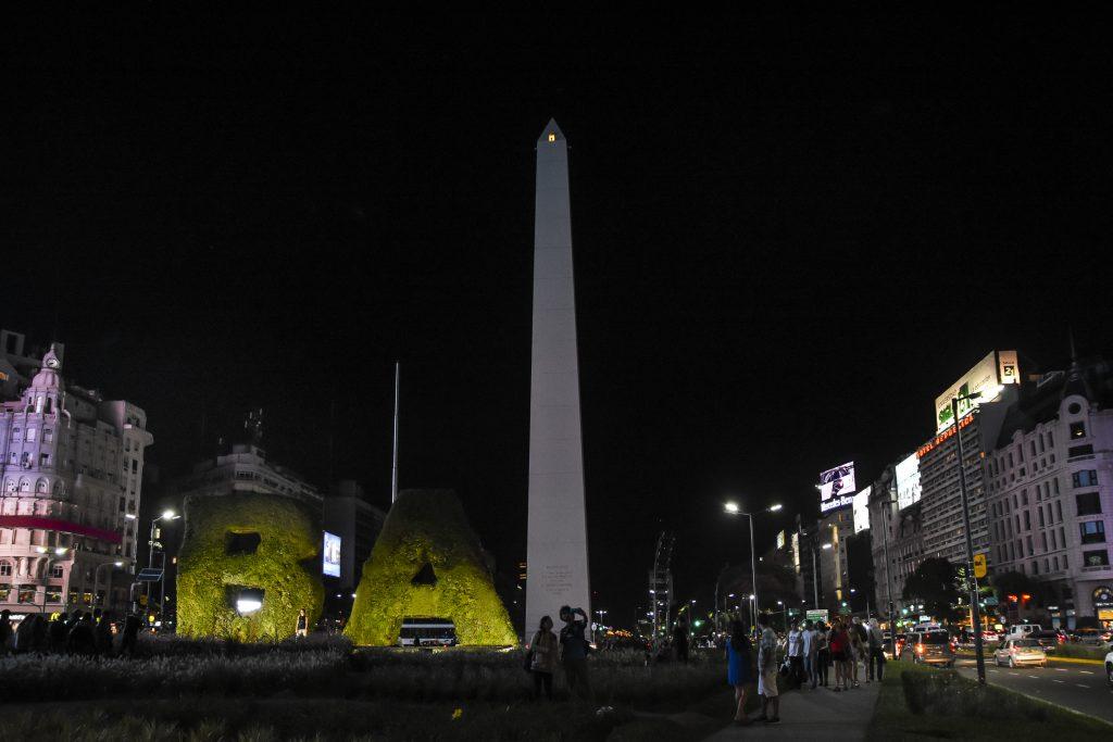 hora - Obelisco