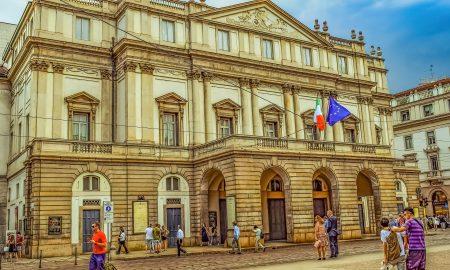 Scala de Milán - Vista Exterior De La Scala De Milán.