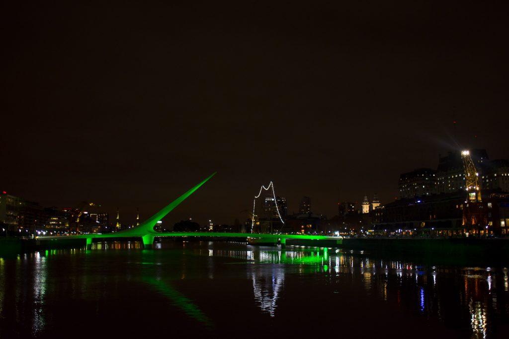 día - Puente De La Mujer Verde