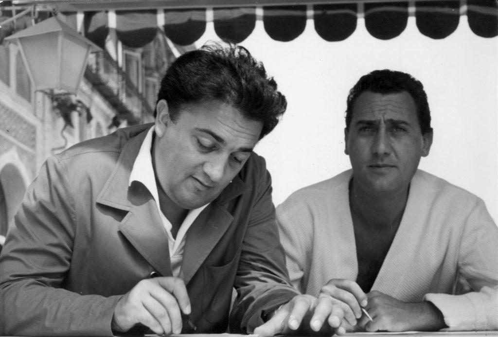 Alberto Sordi - Junto a Federico Fellini