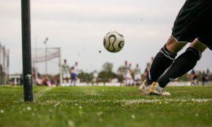 Fútbol - Cancha de fútbol.