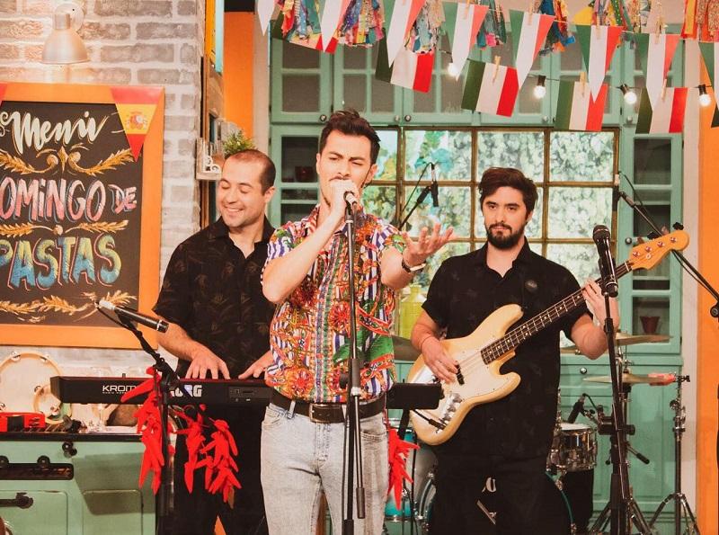 Pizza e Tarantella - Maxi Invitado A Cantar En Televisión.