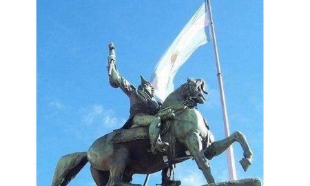 Padre de la patria - Belgrano Estatua