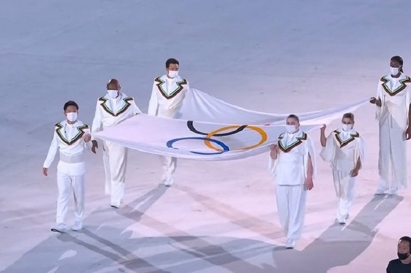 Paula - Paula Pareto Y La Bandera Olimpica