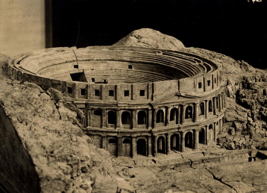 Ricostruzione dell'anfiteatro romano di Cagliari