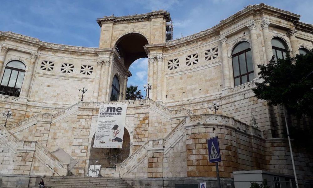 5bc8a5ab2e677 5bc8a5ab2e679il Bastione Di Saint Remy, Visto Dalla Piazza Costituzione.jpg