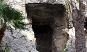 Grotta Della Vipera