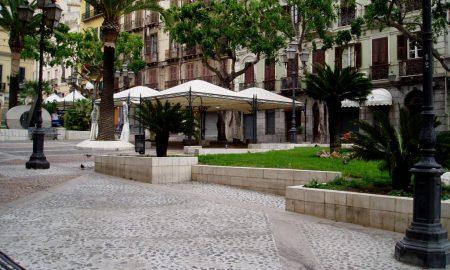 Piazza Yenne prima del restauro del 2017