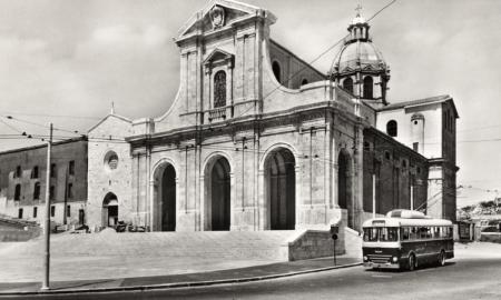 vecchia foto della Basilica di Nostra Signora di Bonaria