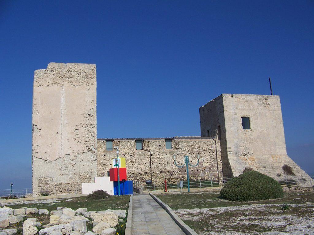 i lavori di restauro del Castello di San Michele