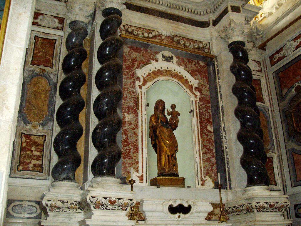 la Madonna Nera del Duomo di Cagliari