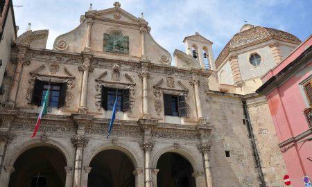 la facciata della chiesa di san michele