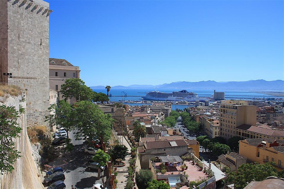 Cagliari Bastione Santa Croce (foto Pixabay)