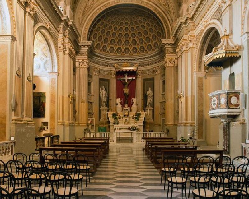 interno della Basilica di Santa Croce