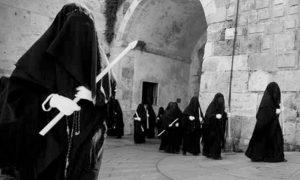 Consorelle in processione