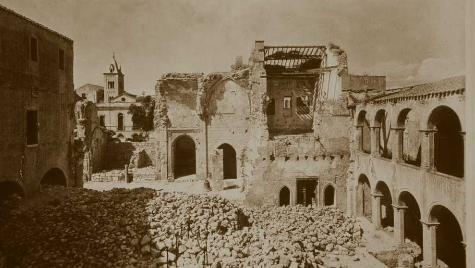 La Chiesa Dopo I Bombardamenti Del 1943