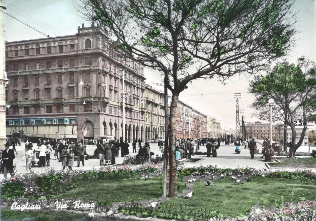 Il Mistero di Piazza Matteotti e Il Verdi sbagliato. Nella foto una vista di Via Roma e Piazza Matteotti nel 1953.