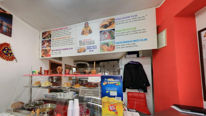 La cucina tradizionale indiana a Cagliari. Interno del ristorante indiano Ramaste