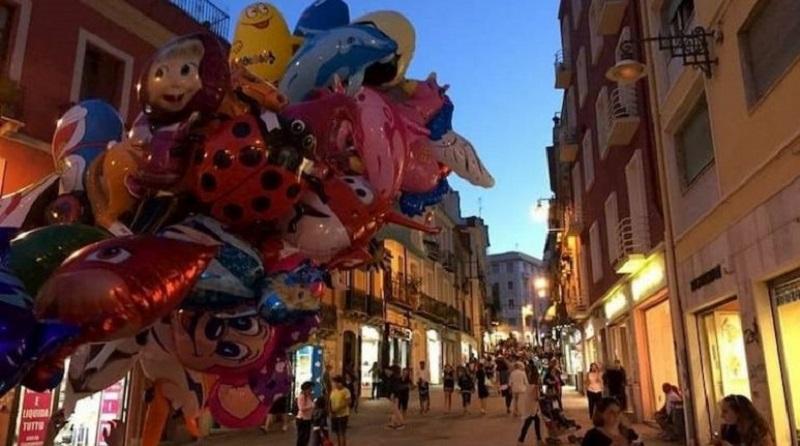 Evento Notti Colorate nella Via Garibaldi