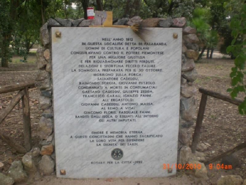 Targa commemorativa in marmo per i rivoluzionari di Palabanda