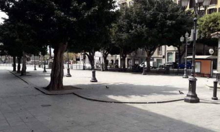 Pasquetta, Cagliari 2020, piazza Yenne, alberi, panchine