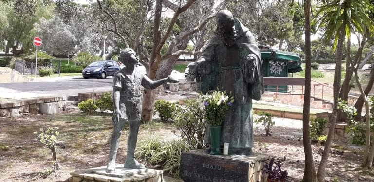Fra Nicola Da Gesturi-statua-Buoncammino