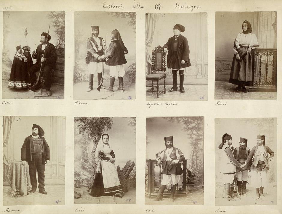 foto antiche dei sardi in costume tradizionale con amuleti e gioielli sardi