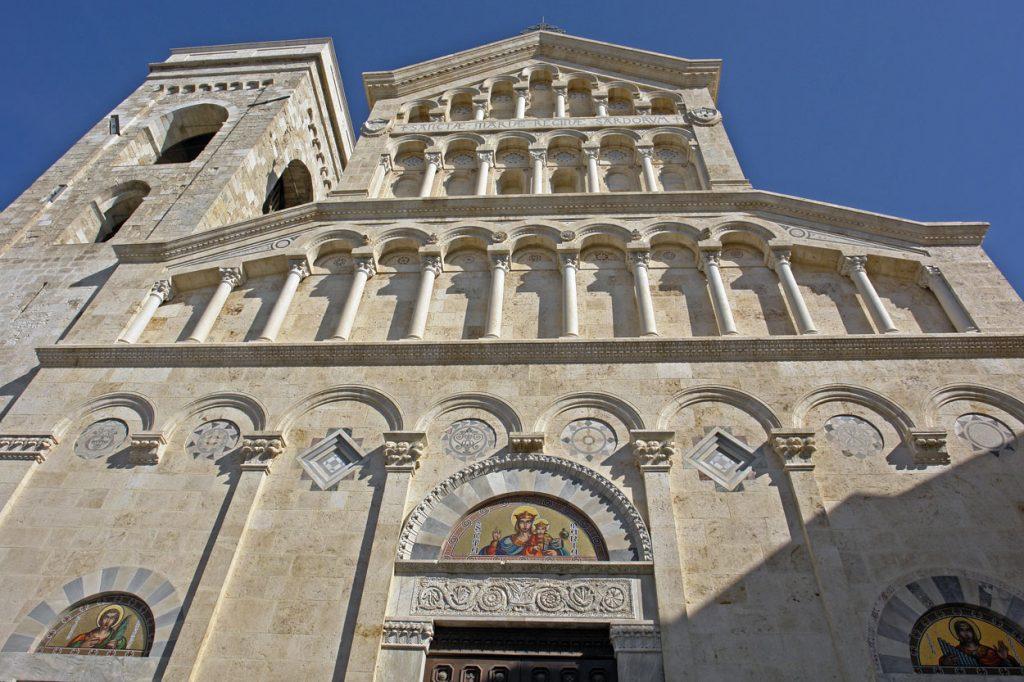 facciata della Cattedrale di Cagliari, San Saturnino