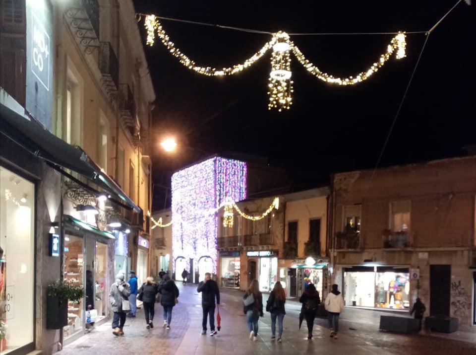 Natale In Centro A Cagliari Luminarie