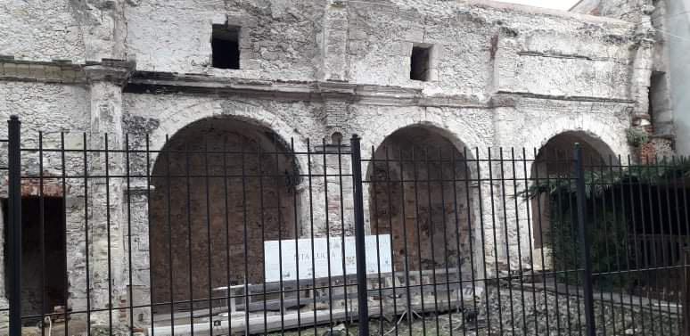 Santa Lucia Rudere Del Convento In Via Sardegna