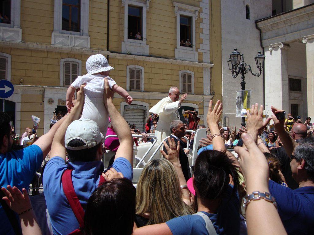 Papa Francesco - Piazza Prefettura