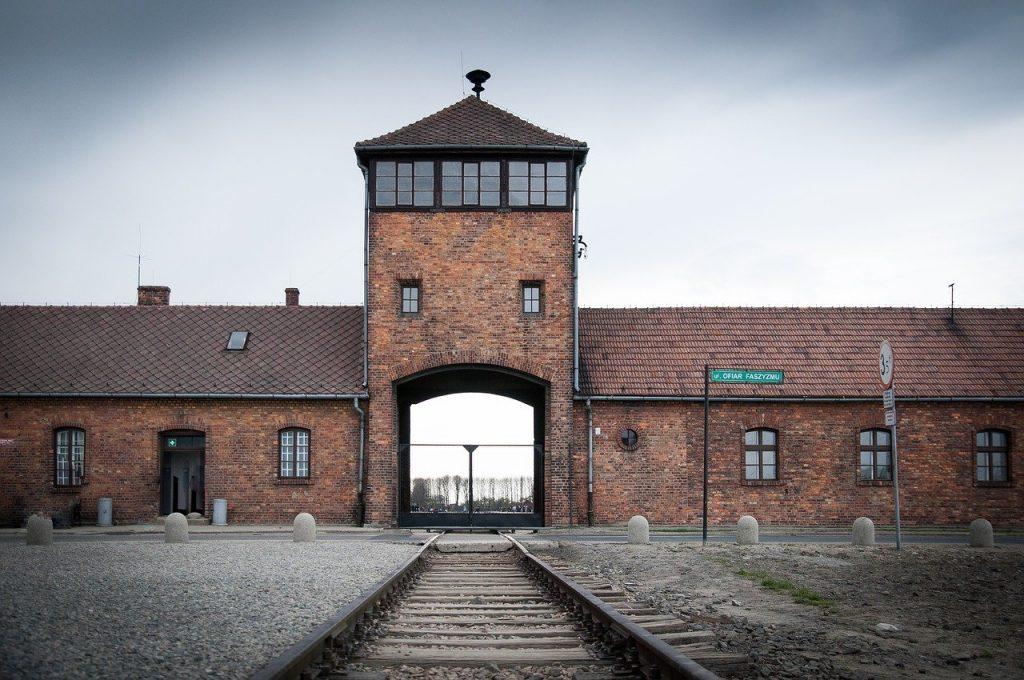 Shoah - Ingresso Auschwitz