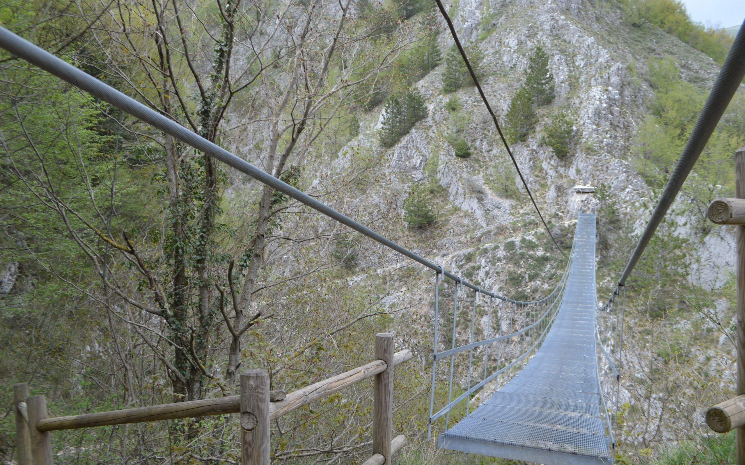 il ponte tibetano di Roccamandolfi