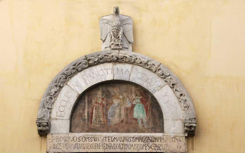 la leggenda dell'aquila di San Marcello - dettaglio Chiesa Di San Marcello Maggiore