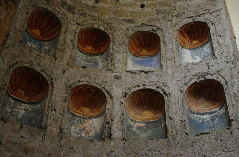 Chiesa dei Ss. Rufo e Carponio - dettagli interni