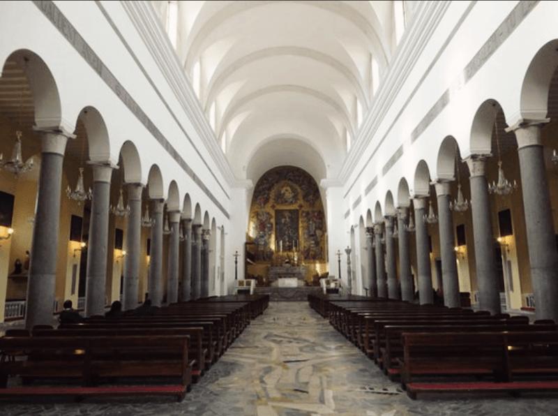 L'interno del Duomo di Capua