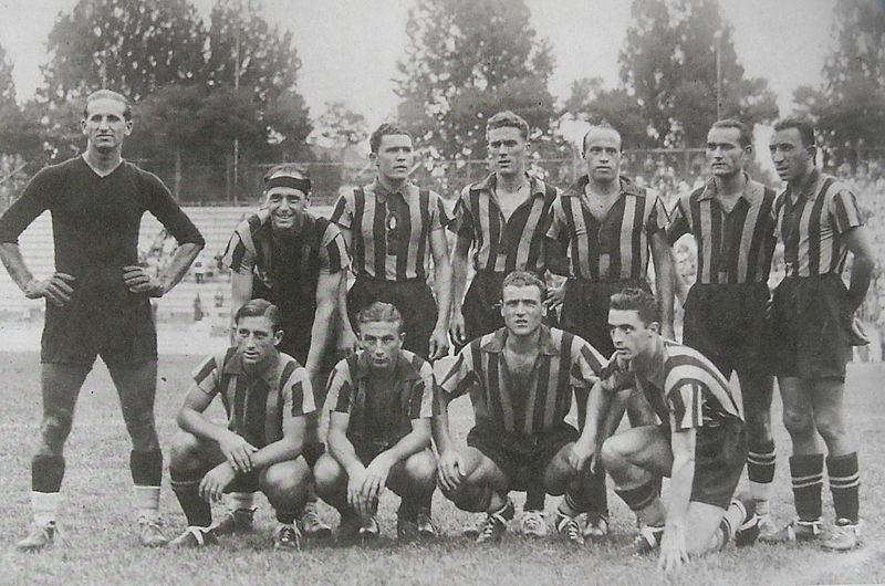 Carmelo Buonocore con la maglia dell'Ambrosiana Inter.