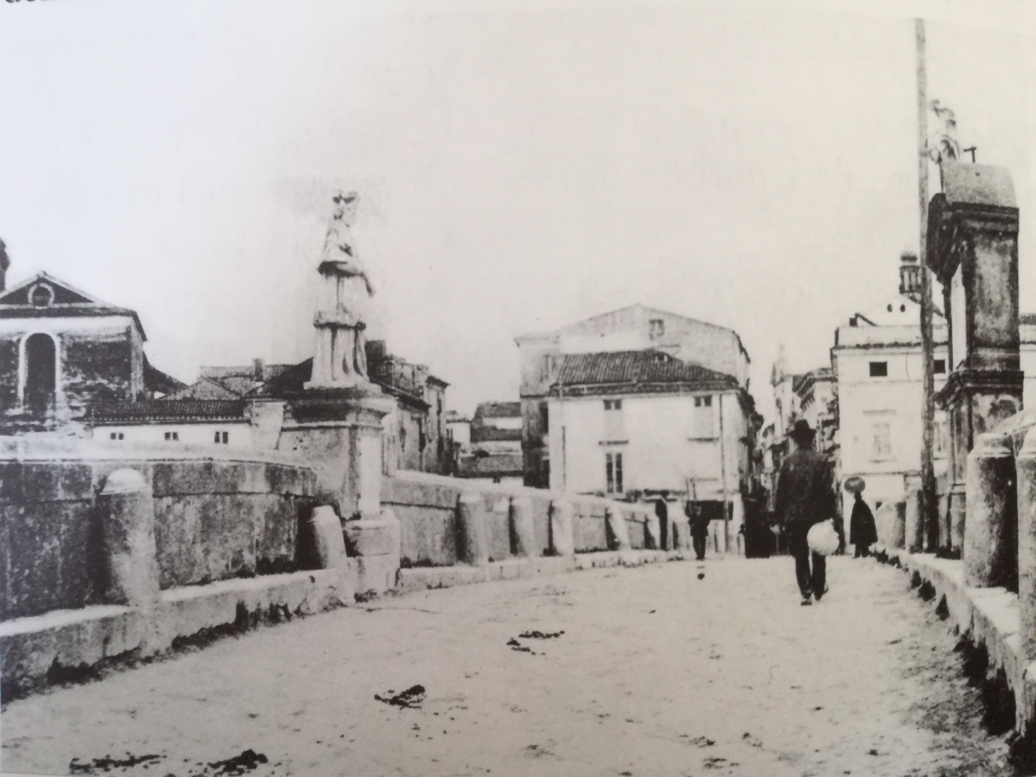 San Giovanni Nepomuceno veglia sulle tradizioni fluviali di Capua.