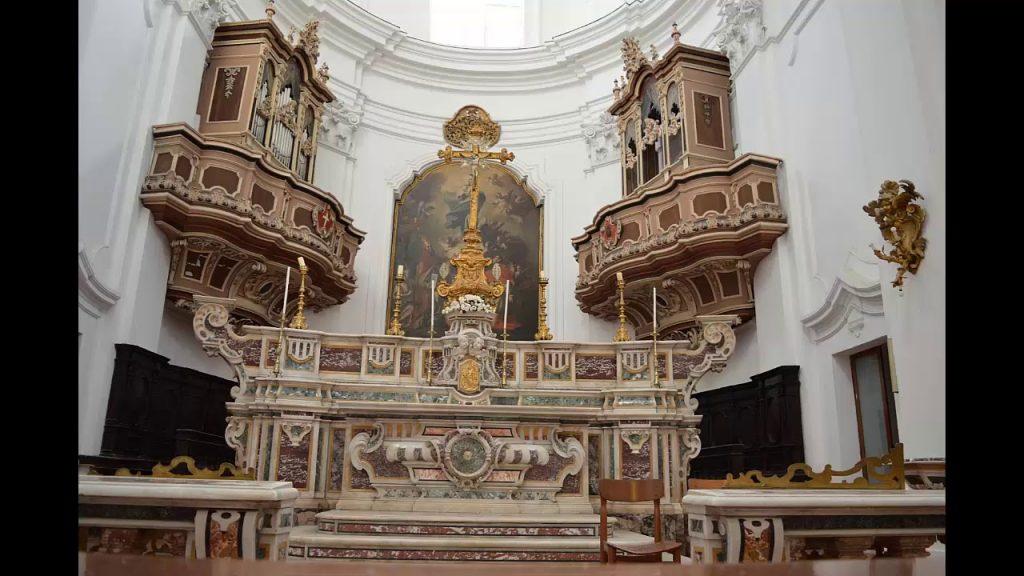 Altare maggiore della Chiesa Di Sant'eligio A Capua