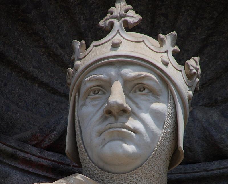 Bartolomeo di Capua - Particolare della statua di Carlo I d'Angiò