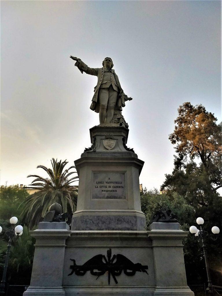 Statua di Vanvitelli