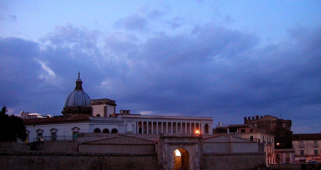Veduta notturna di Capua