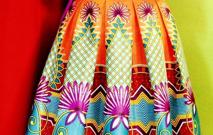 Dettaglio delle creazioni di Beatrix con la stoffa WAX