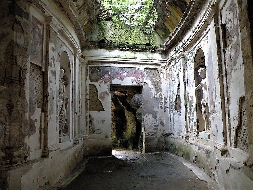 Una rovina romana nel cuore della Reggia