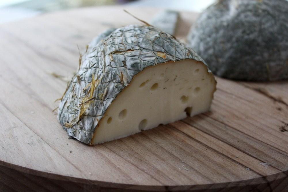 Caciocavallo Gerachico, ingrediente base del PanArchico