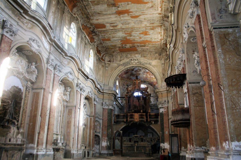 gli interni della chiesa by newscattoliche.it