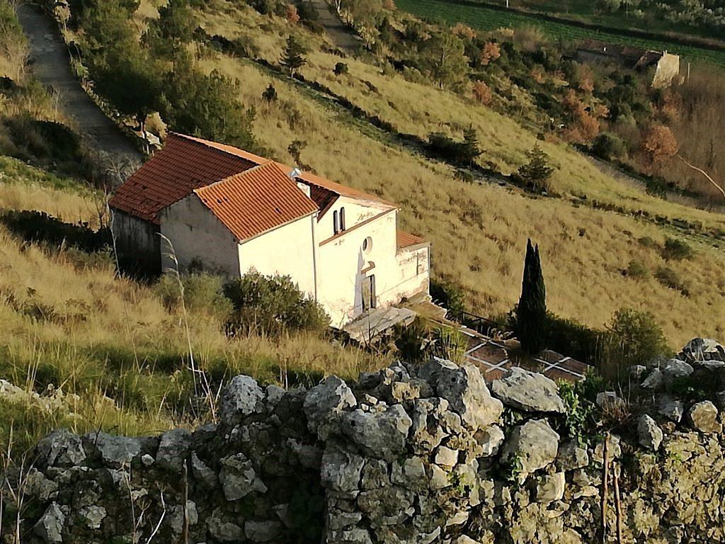 Chiesa di S. Maria del Monte di Vairano
