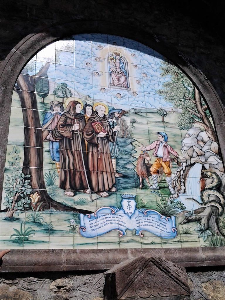 Uno degli affreschi del Santuario